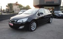 Opel Astra - 2012