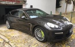 Porsche Panamera - 2015