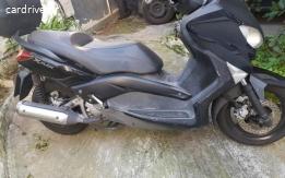 Yamaha X-MAX - 2010