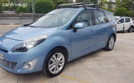 Renault Scenic - 2010